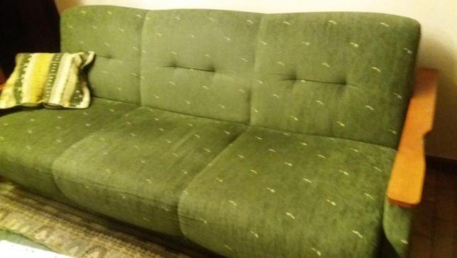 wypoczynek: tapczan i 4 fotele