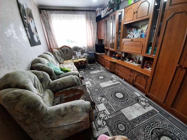 Продам квартиру в центрі Білогір'я
