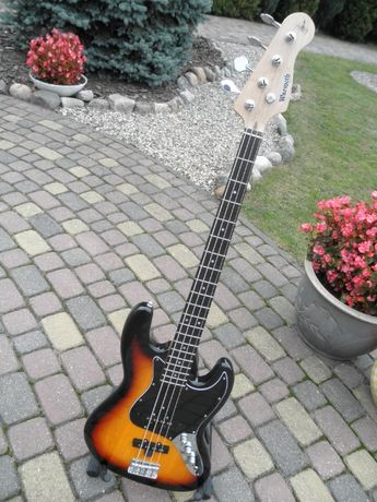 "Gitara basowa ""Jazz Bass"" . WARMOTH made in USA ."