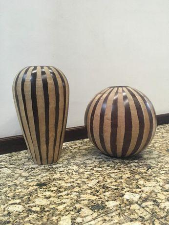 Peças de decoração em madeira