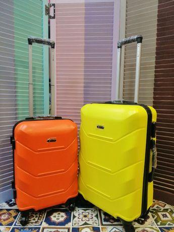 ОГРАНИЧЕННОЕ предложение чемодан с БЕСПЛАТНОЙ доставкой Fly. Валіза