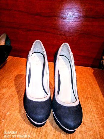Туфли женские б/у  в хорошем состоянии