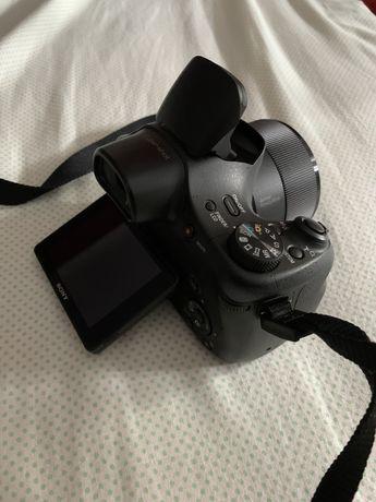 Câmera SONY DSC-HX300