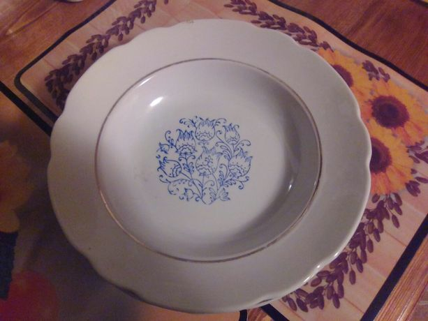 Продам тарелки