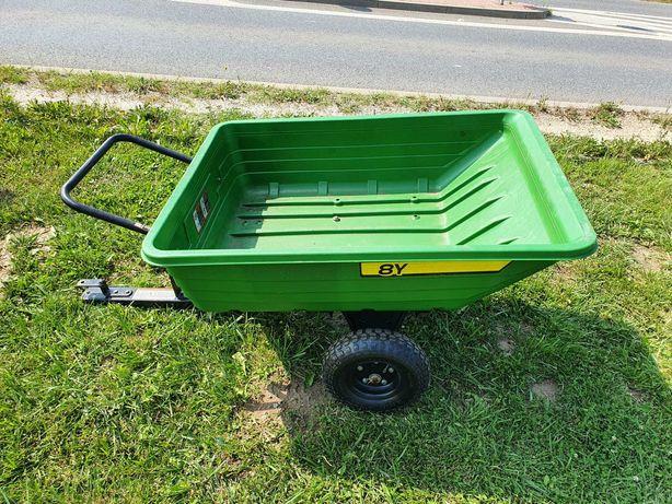 Przyczepka ogrodowa kiprowana do traktorka kosiarki John Deere 8Y