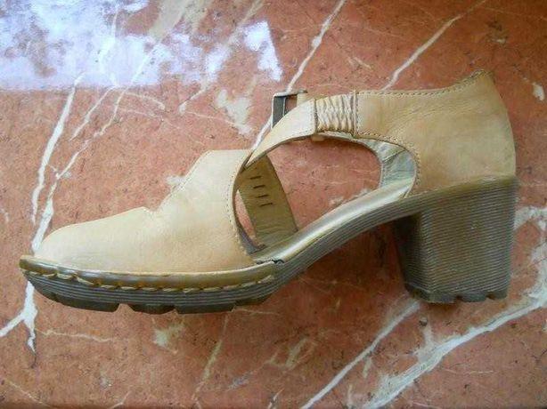Босоножки Dr. Martens 37 р, кожаные летние туфли, обувь на каблуке