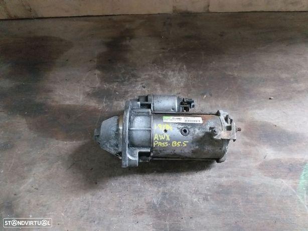 Motor de arranque VW Passat B5.5 AWX 130 CV - 068911024E