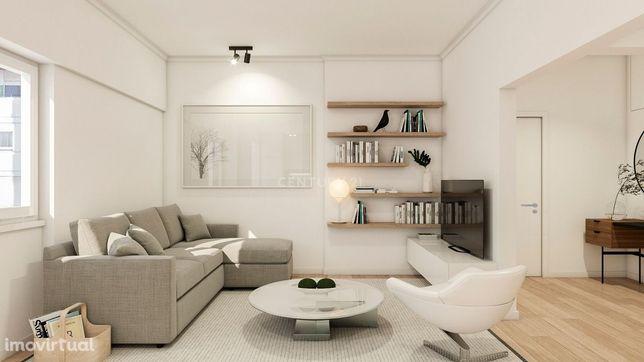 Apartamento T2 remodelado na Damaia