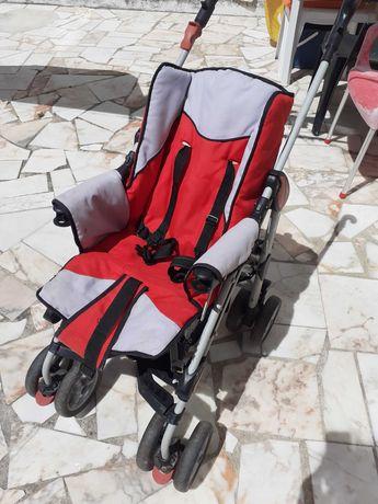 Carrinho passeio de bebé