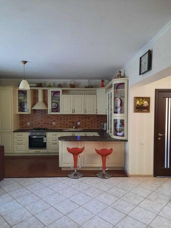 Продажа современного дома в городе Борисполь