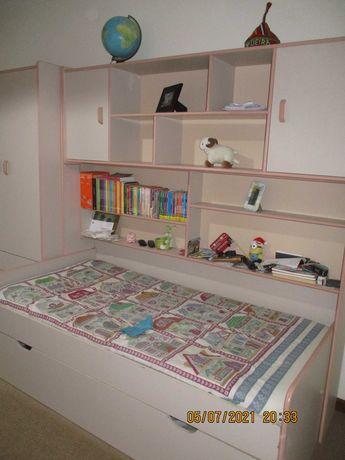 Mobília de quarto solteiro/estudio