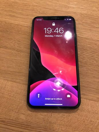 iPhone X 64 gb Space Gray в отличном состоянии