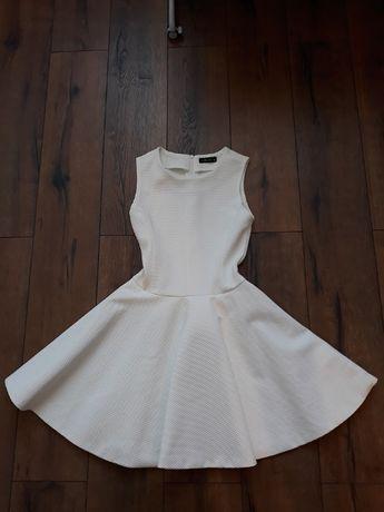 Sukienka okazjonalna w bieli śmietankowej rozmiar M