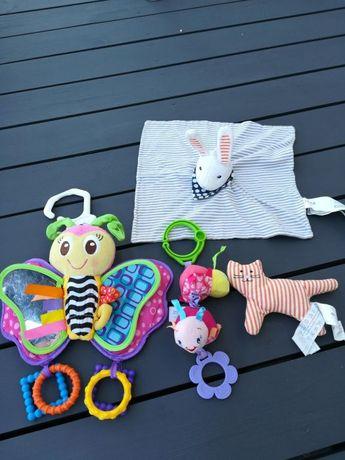 Zabawki dla najmłodszych do wózka