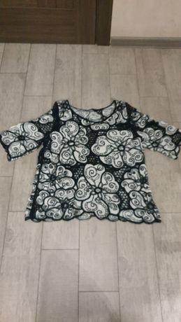 Нарядна блузка, розмір Л