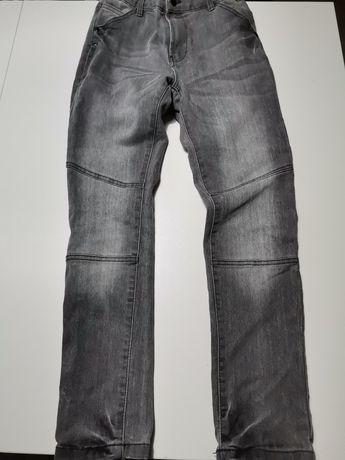 Spodnie dla chłopca 152
