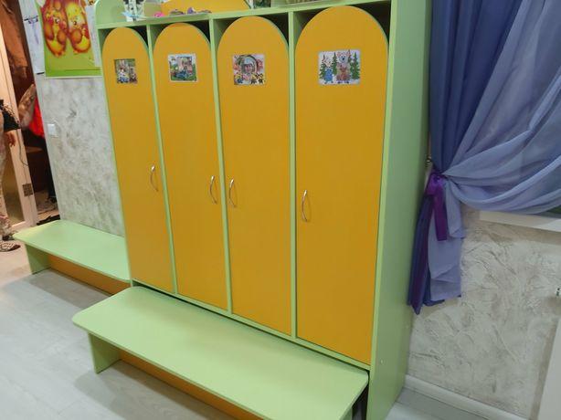 Шкаф 4-ех дверный для раздевалки