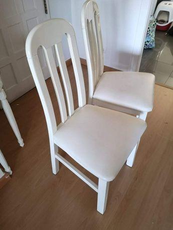 4 Cadeiras de cozinha em madeira