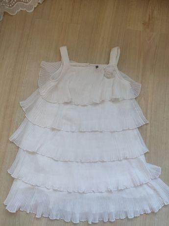 Фирменные платья для модниц