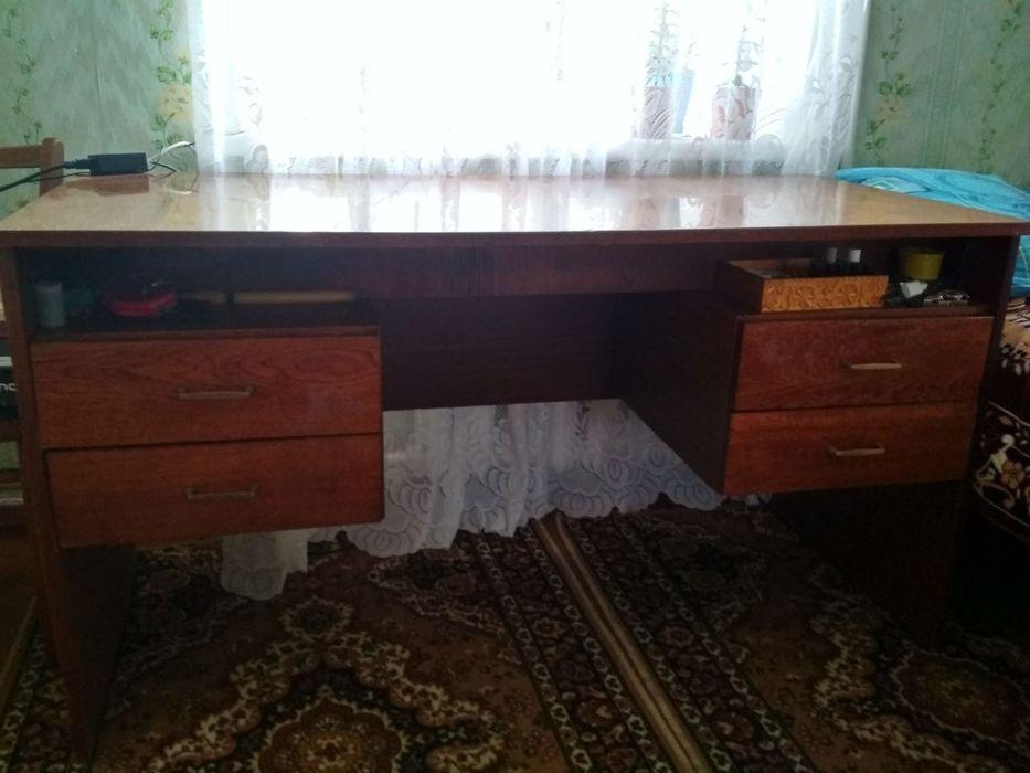 Продам письменный стол! Лесопитомник - изображение 1