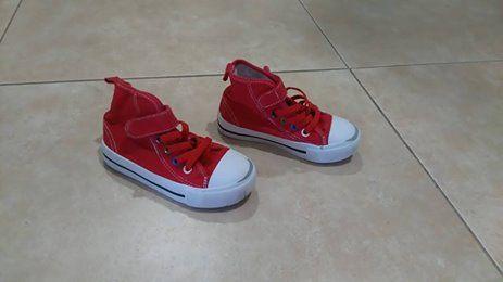 sapatilhas vermelhas tamanho 24