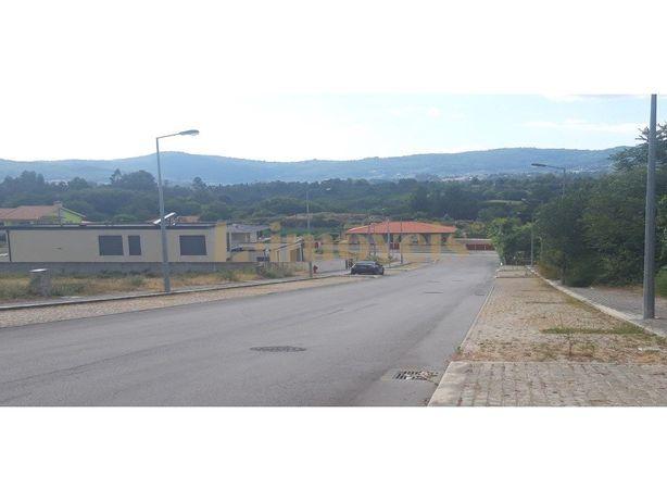 Lotes, Para Construção De Moradias Em Banda, Em Prazins S...