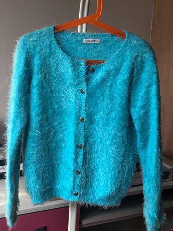Sweterki dziewczęce