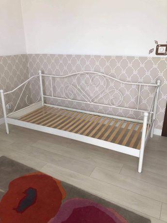 Romantycze łóżko