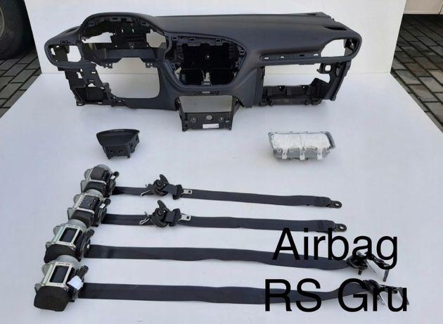 Ford Fiesta Mk8 tablier airbags cintos