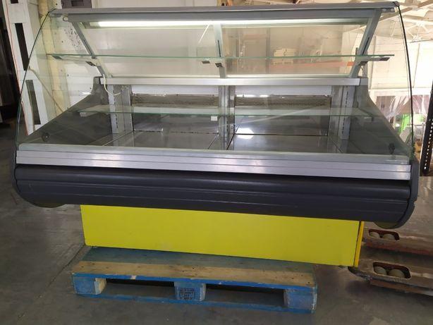 Кондитерская холодильная витрина б/у, витрина бу 1,6м