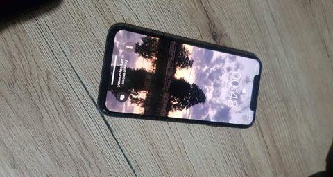 Sprzedam lub zamienie iPhone xs