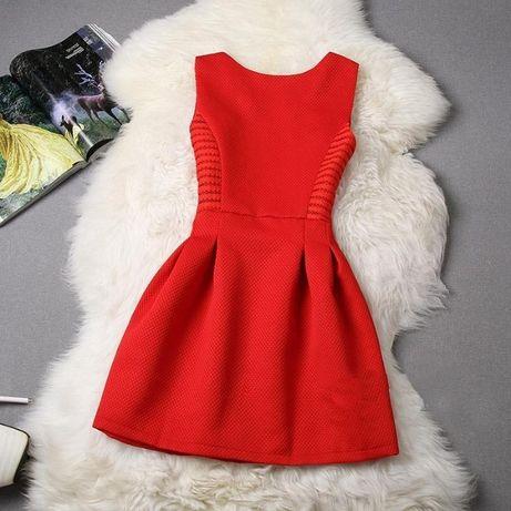 Платье женское новое красное