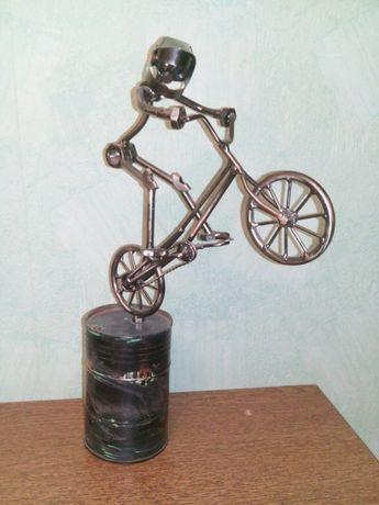 Велосипедист техно-арт