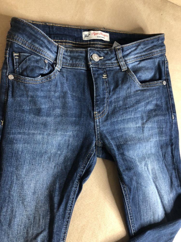Джинси джинсы S, Италия