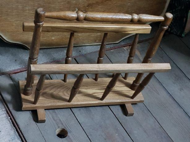 Stojak na gazety drewniany