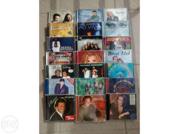 Vários cds de música