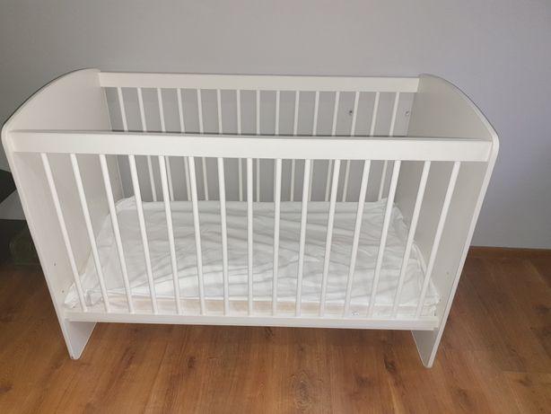 Łóżeczko drewniane- białe