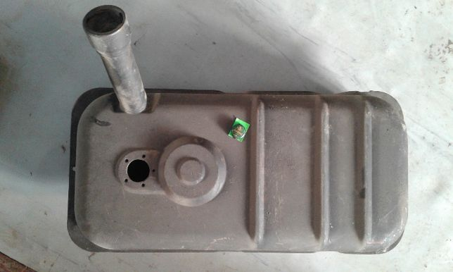 Продам бак для комбайна уаз емкость для камаза