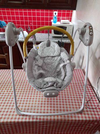 Baloiço com arco de jogos Babyswing VERTBAUDET - cinza estampado