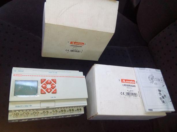 Przekaźnik programowalny 100-240V AC 12we, 8wy LRD20RA240
