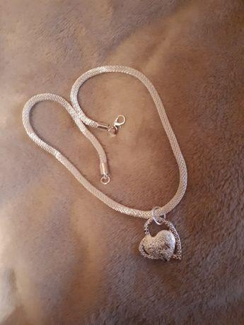 Łańcuszek srebrny idealny na prezent. Możliwa wysyłka