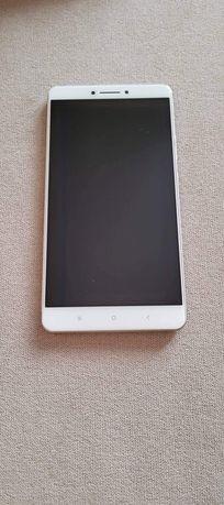 Xiaomi Mi MAX  (pierwsza generacja)