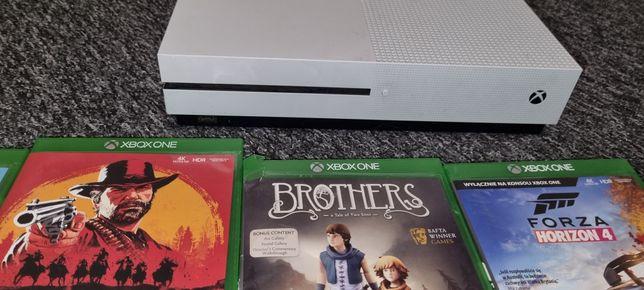 Xbox One s 2018 3 pady
