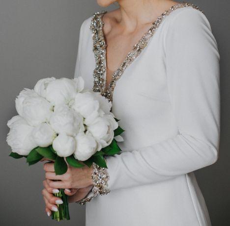 Suknia ślubna Studio St. Patrick Zabael długi rękaw, tren, dekolt V 36