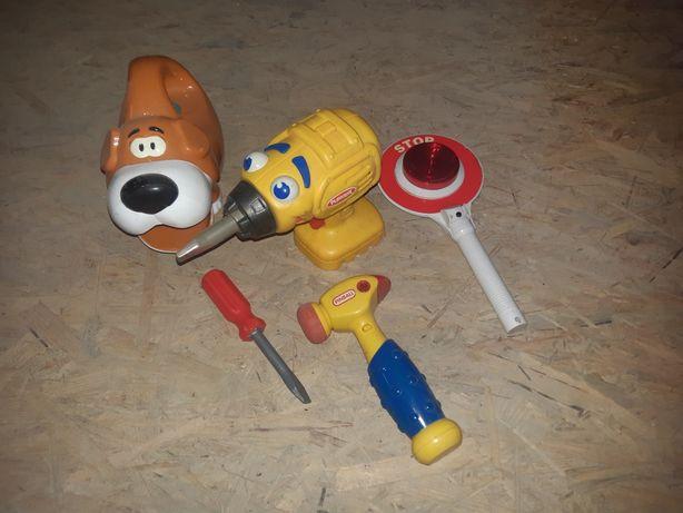 Zabawki narzędzia dla chłopca