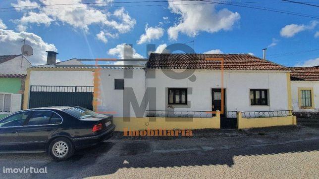Moradia T3, Térrea, em Moçarria, Santarém