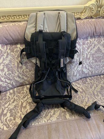 Рюкзак для переноски ребеночка за спиной в походах