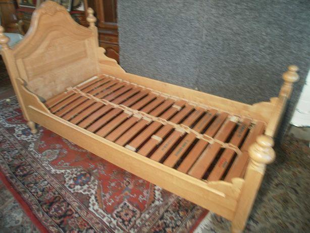 Łóżko Quenn Ann Jasny Dąb ze Stelażem z Niemiec