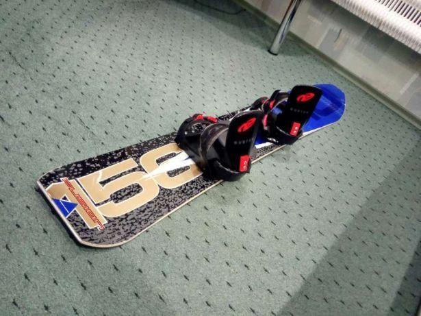 Продам сноуборд made in austria,як новий 156 см.