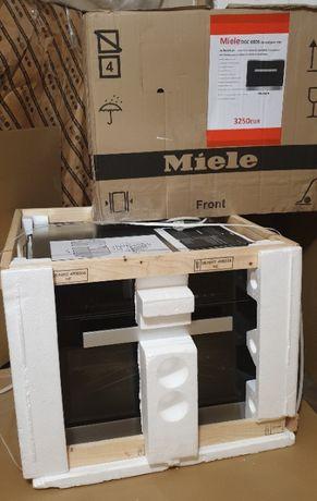 Miele DGC 6800 комбинированый духовой шкаф с пароваркой . Духовка VIP